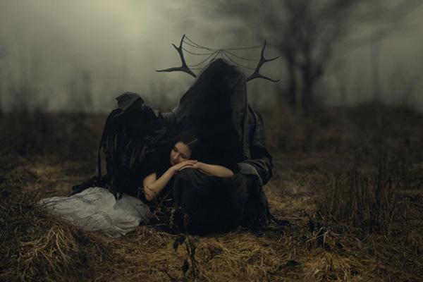 olia pishchanska intro - چگونه در تاریکی و نور کم عکاسی کنیم